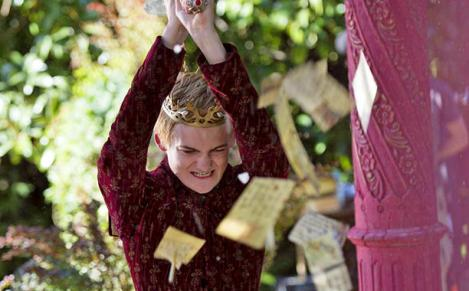 king-joffrey-with-a-sword[1]